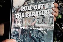 75. výročí konce druhé světové války připomene i komiksová kniha Roll Out the Barrels.