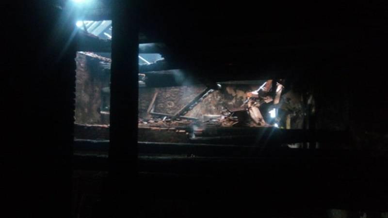 V úterý dopoledne hasiči dohašovali v objektu bývalého pivovaru místa lokálního zahoření. Foto: HZS Plzeňského kraje