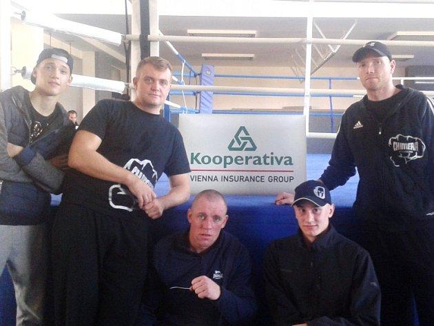Dvě výhry  vybojovali v Českých Budějovicích boxeři plzeňského oddílu Chimera Fighters, neuspěl pouze nováček Smazal.