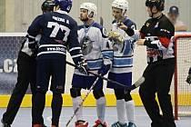 Utkání plzeňských a kladenských hokejbalistů vždy nabízela kvalitní podívanou. Ve čtvrte se další uskuteční před kamerami ČT Sport, ty na Košutku zavítají po pěti letech.