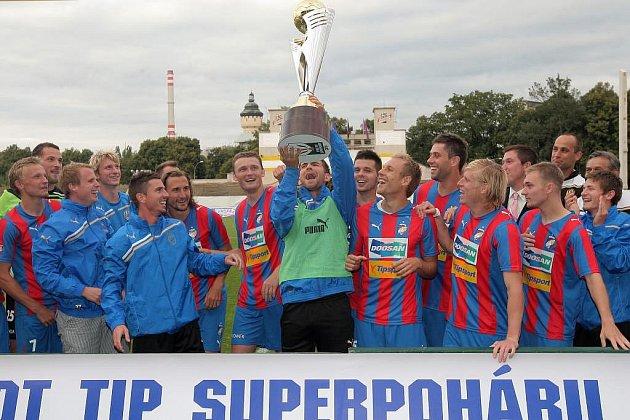 Další triumf slaví fotbalisté Viktorie Plzeň. Vyhráli Superpohár