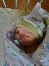 Georg Dávid se narodil 10. března 53 minut po půlnoci mamince Iren a tatínkovi Giyörgyovi zMariánských Lázní. Po příchodu na svět vplzeňské Mulačově nemocnici vážil jejich prvorozený synek 3150 gramů a měřil 49 centimetrů.