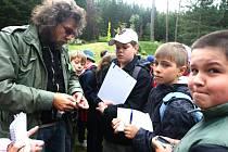Do plzeňského arboreta Sofronka zavítaly ve čtvrtek zhruba dvě stovky návštěvníků. Dospěláci i školáci mohli při příležitosti týdne lesů poznat zblízka práci lesníků