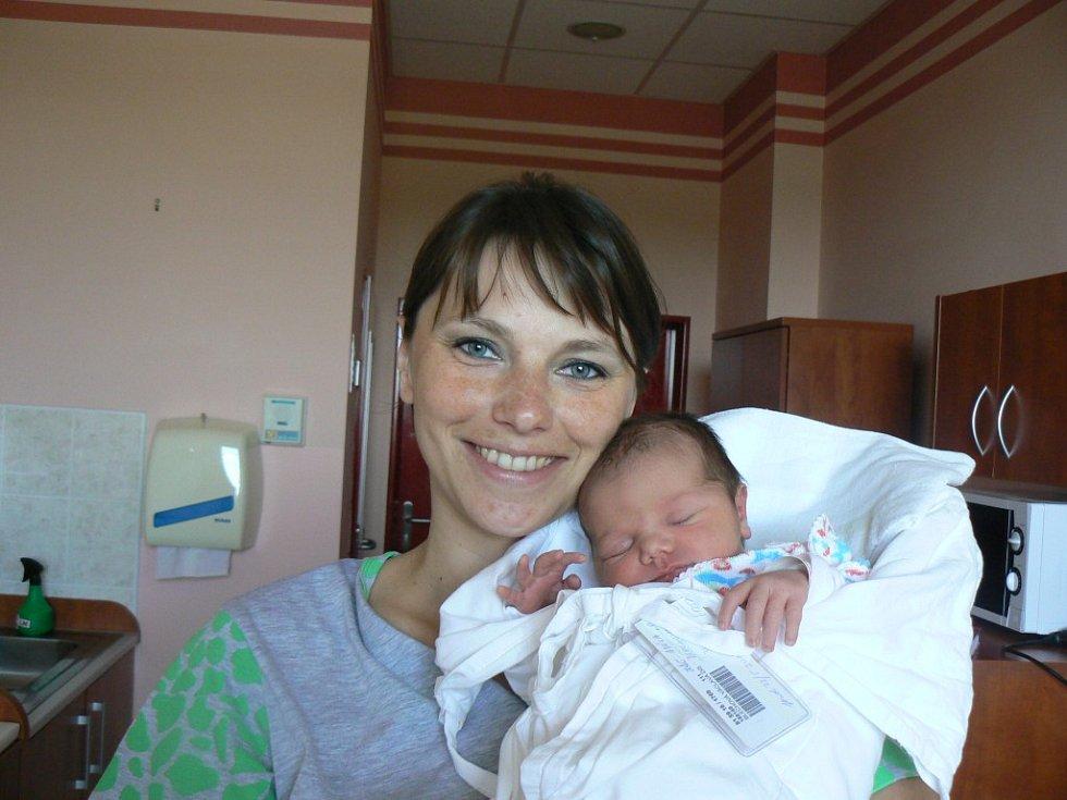 Adélka Blechová (3,41 kg, 50 cm) zDobřan se narodila 23. května v10:26 hodin ve FN vPlzni. Radost zholčičky mají rodiče Václava a Dalibor a dvouletá sestra Anežka