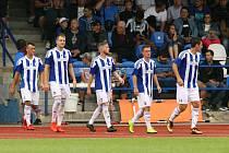 Fotbalisté Domažlic před dvěma týdny přivítali pražskou Spartu a utkání na Chodsku sledovala úchvatná divácká kulisa. Kolik fanoušků přitáhne Slavia Praha B?