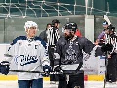 Plzeňský kapitán Jakub Faschingbauer (vlevo) zaznamenal proti Banské Bystrici gól a dvě asistence.