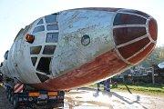 Do Air parku ve Zruči dorazil Tupolev Tu-104. Otec a syn Tarantíkovi ho přivezli z Olomouce
