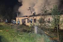 Požár domu v Plzni-Valše