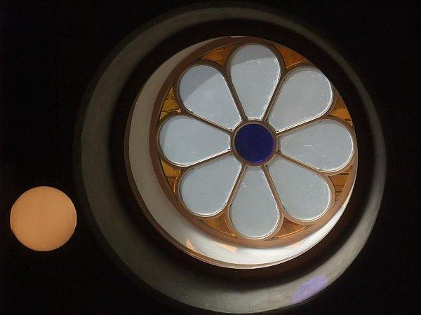 Původní vzhled se vrátil kruhovým oknům vpřízemí