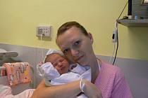 Nela (3,25 kg, 49 cm) se narodila 14. ledna ráno mamince Marii Bulířové a tatínku Michalu Dunovi ze Zbůchu. Doma se na sestřičku těší tříapůlletý Míša