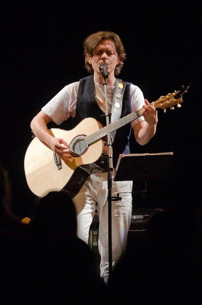 Paddy Kelly vystoupil v Plzni v Parkhotelu