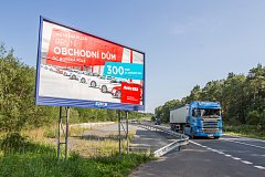 Billboardy v těsné blízkosti silnic mimo města a obce budou muset zmizet