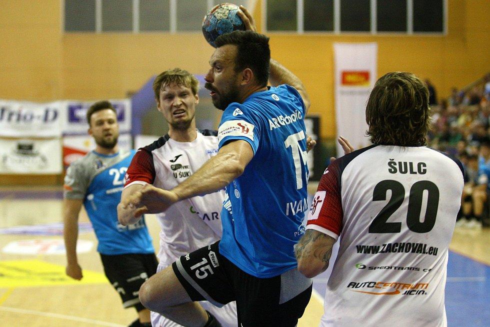 Semifinále play off házené - Talent Plzeň x Jičín.