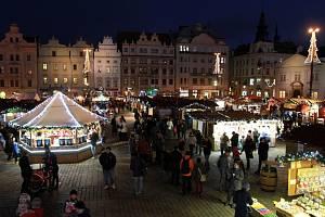 Vánoční trhy na plzeňském náměstí Republiky