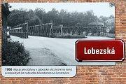 Výstava fotografií Plzeň před rokem 1989 ve Smetanových sadech v Plzni.