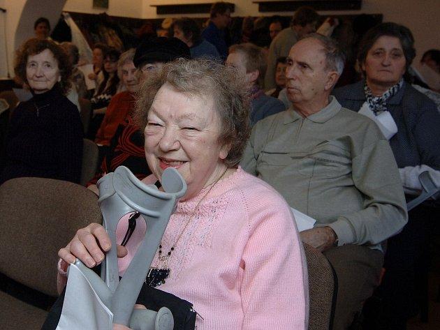 NEZDOLNÁ.  Alena Prokopcová se v sobotu zúčastnila mše, připomínající Světový den nemocných.