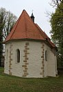 Kostel sv. Ambrože ve Vícově u Přeštic.