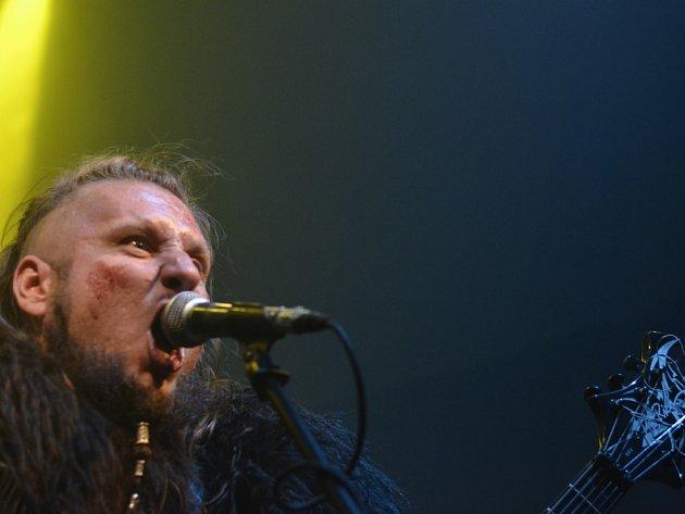 Předposlední zářijový pátek byl v Plzni ve znamení folk-metalu. V Divadle pod lampou se totiž uskutečnil třetí ročník mezinárodního Samhainfestu ve složení Abinchova, Silent Stream Of Godless Elegy a Percival Schuttenbach.