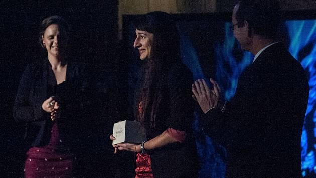 Veronika Kupková z Kralovic (uprostřed) je jednou z vítězek Česko-německých žurnalistických cen 2017.
