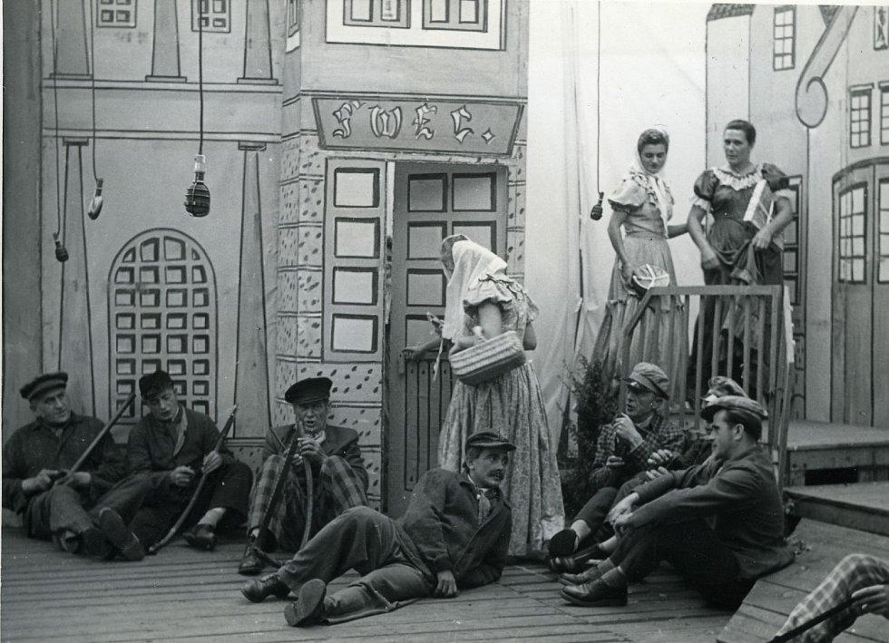 Hra Fidlovačka v letech 1954-1958.