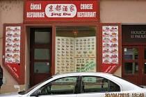 Uzavřená restaurace Jing Du v Rooseveltově ulici.