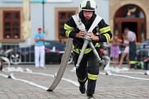 Na prvním úseku se hasiči museli vypořádat s během a následným rolováním dlouhých hadic. Především druhá část se ukázala jako velmi záludná.