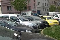 Lístek za stěračem má téměř každé auto, na dopravní odbor míří denně minimálně desítka lidí. Pokuty však nepadají
