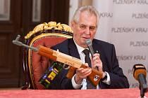 Prezident Miloš Zeman na zámku Zbiroh