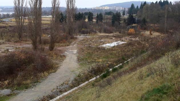 Prostor bývalého odpočinkového areálu Lopatárna.