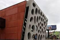 Lidé si o víkendu prohlédli prostory Nového divadla v Plzni.