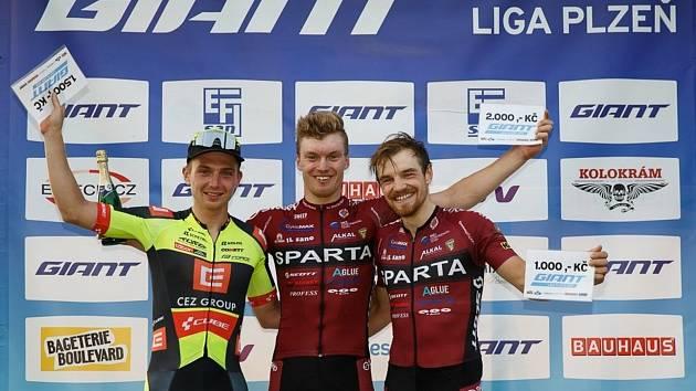 Nejlepší trio GP Efisan (zleva) - druhý Michael Boroš, vítěz Richard Habermann a třetí Jan Ryba.