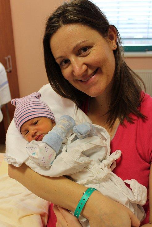 Linda Pivničková se narodila 25. ledna ve 2:01 mamince Veronice a tatínkovi Markovi z Kyšic. Po příchodu na svět ve FN Plzeň na Lochotíně vážila sestřička dvouleté Sáry 3310 gramů a měřila 51 centimetrů.