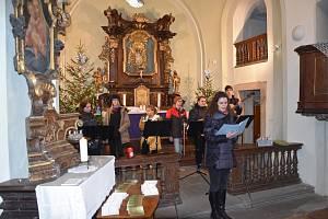 Literární a hudební odpoledne v kostelíku U Ježíška.