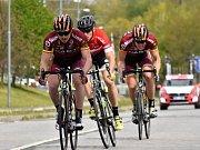 Cyklisté během Giant Ligy v Milovicích