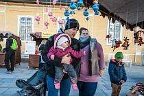Na zámku kozel ve Šťáhlavech probíhá po celý víkend tradiční podzimní jarmark. Návštěvníky zde čeká chutné jídlo, dobré pití, originální řemeslné produkty a atrakce pro děti.