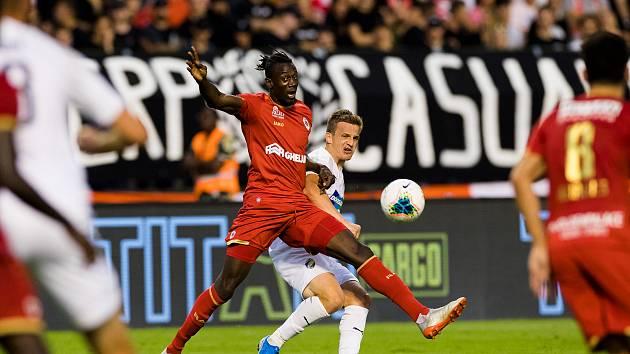 V prvním utkání v Brusel fotbalisté Viktorie Plzeň podlehli Antverpám 0:1.