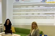 Na snímku zleva Daniela Rychtová, právnička Centrálního nákupu Plzeňského kraje a Jana Dubcová, ředitelka Centrálního nákupu Plzeňského kraje.