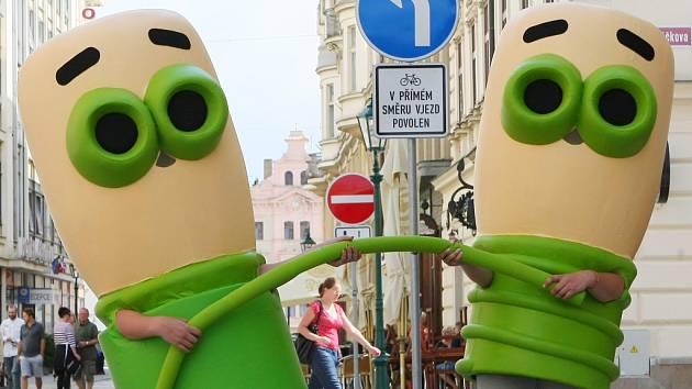 Noví maskoti. S těmi se lidé mohou setkat v ulicích Plzně už příští týden (od pátku do soboty). Upozorňovat přitom budou na jubilejní 10. ročník Dnů vědy a techniky