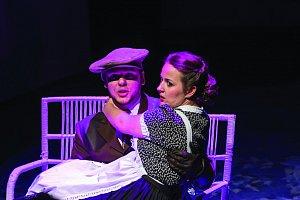 Revuální opereta Okouzlující slečna připomene kouzlo rozverných filmových komedií