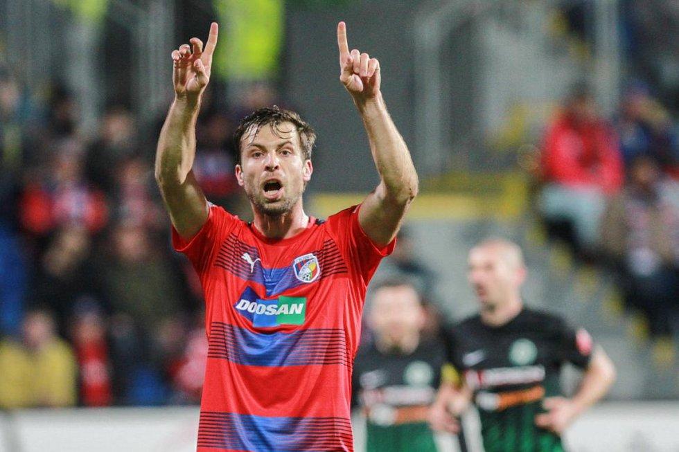 Nový plzeňský hráč Andreas Ivanschitz zdravil fanoušky.