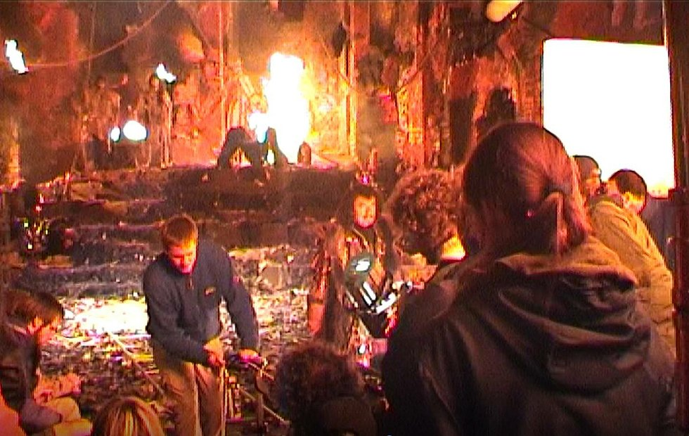 Z natáčení pohádky Z pekla štěstí 2, Lucifera si zahrál zpěvák Karel Gott.