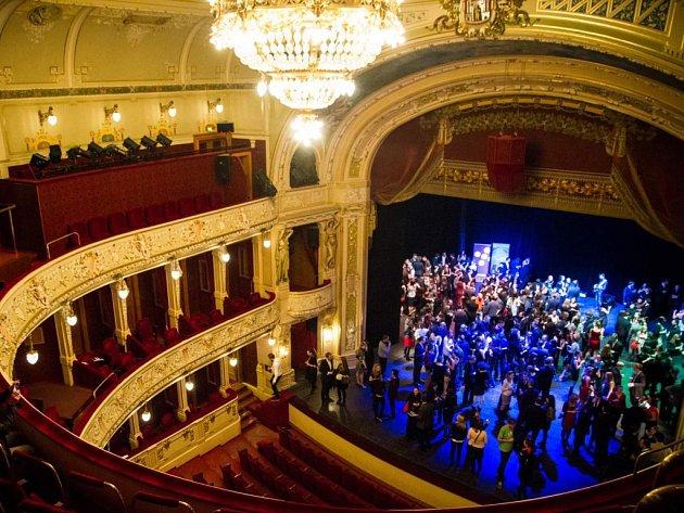 Poslední PechaKucha Night se konala v listopadu ve Velkém divadle, specialitou byla následná afterparty na jevišti