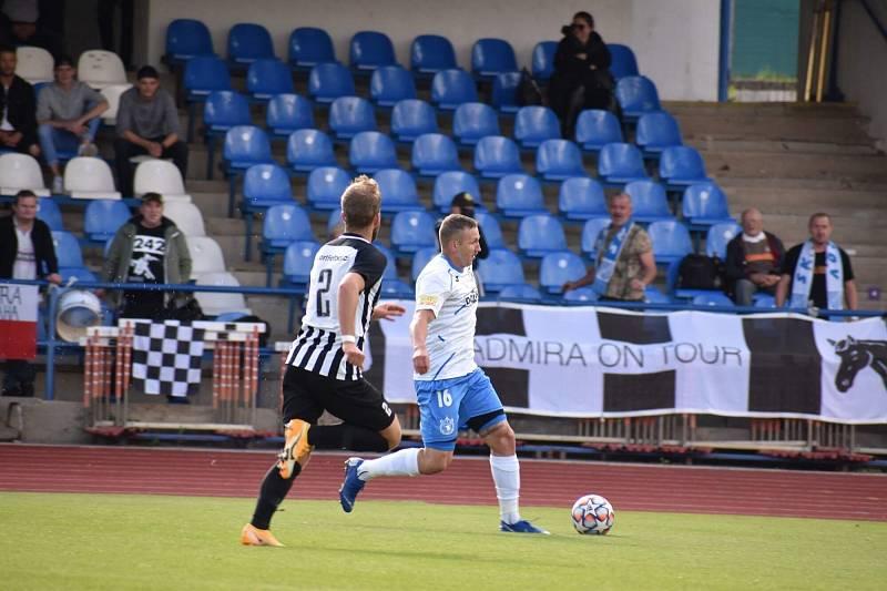 Po svalovém zranění se vrátil do sestavy záložník Petr Došlý.