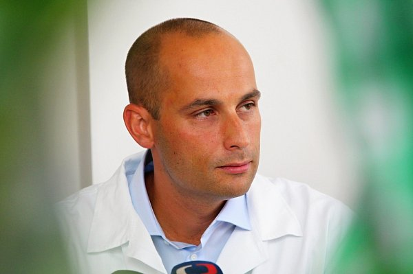 Prezidenta operoval ho Petr Zeman.