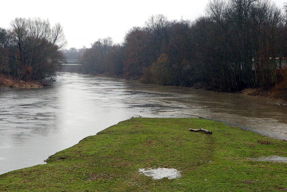 zvednutá hladina soutok řeka Radbuza a Mže Štruncovy sady