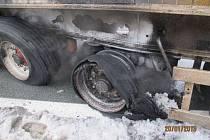 Požár návěsu kamionu v Plzni-Liticích