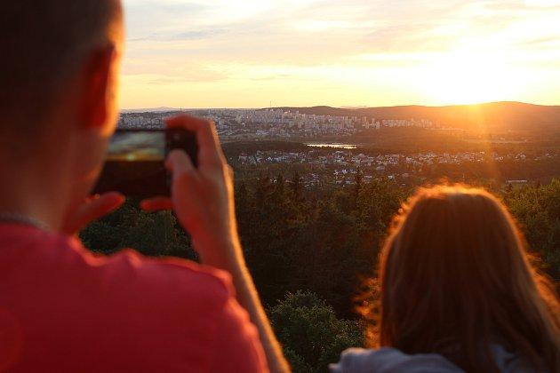 Západ slunce nad Plzní.
