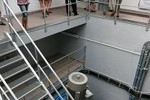 Malá vodní elektrárna v Bukovci, která byla ve čtvrtek otevřena, stála kolem 52 milionů korun a za rok vyprodukuje množství elektřiny, které by vystačily 600 domácností