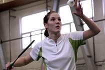 Teprve šestnáctiletá badmintonistka USK Plzeň Kateřina Krejčová si v posledním kole 2. ligy smíšených družstev počínala jako zkušená hráčka. Vyhrála všechny své tři dvouhry a zasloužila se o konečné čtvrté místo svého celku