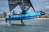 Kormidelník David Křížek se na nadcházejícím závodě Flying Phantom Extreme Sailing Series v Barceloně ukáže s kosatníkem Zdeňkem Adamem.